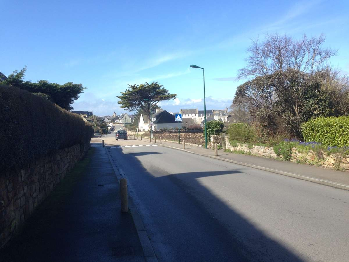roscoff terminal port to town center